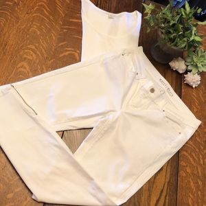 LIKE NEW-WHBM White Skinny Leg Jean-Zip Ankle-